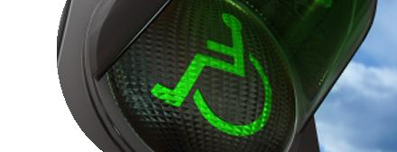 groen stoplicht met rolstoel